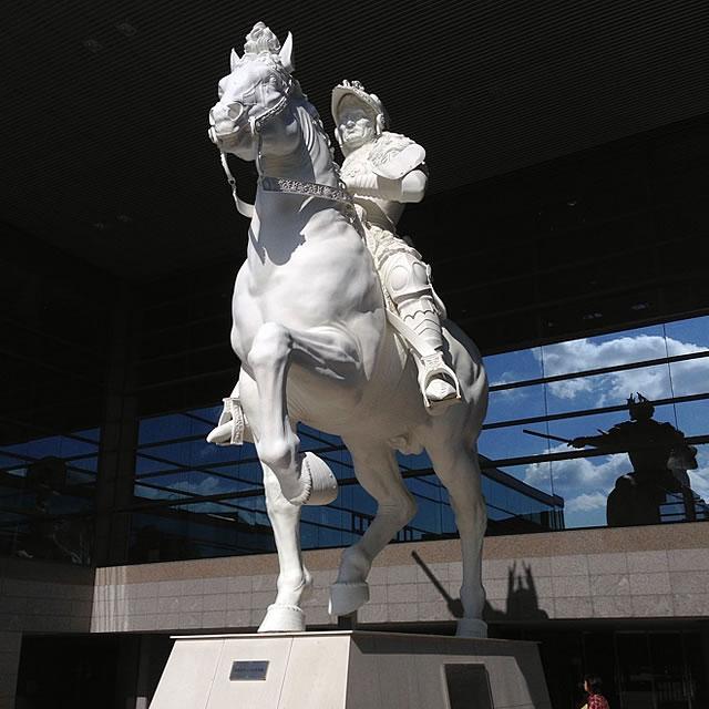幻のスフォルツァ騎馬像